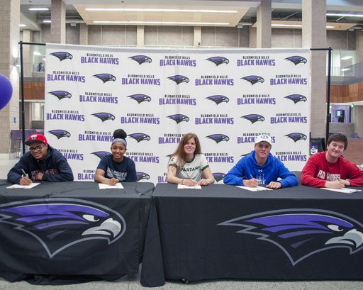 NCAA 2019 College Signing Day