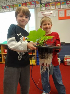 Eastover Elementary School Students with Leaf